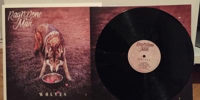 Wolves - Das Erstlingswerk von Rag`n`Bone Man auf Vinyl. Quelle: Enwie Kej
