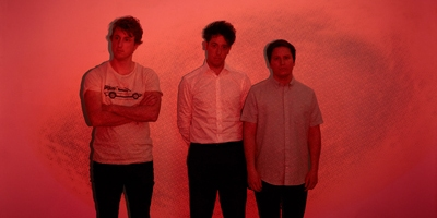 The Wombats kommen mit neuen Songs. (c) Tom Oxley