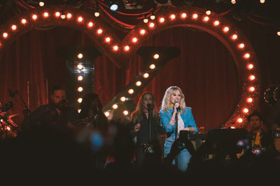 Kylie Minogue präsentiert ihr neues Album auf Club-Tour. (c) Christie Goodwin
