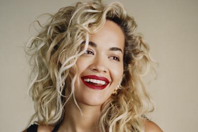 Phoenix heißt das neue Album von Rita Ora. (c) WMG