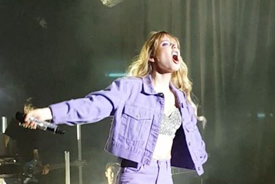 LINA Larissa Strahl am 22.März 2019 in der Frankfurter Batschkapp. (c) Der Vinylist