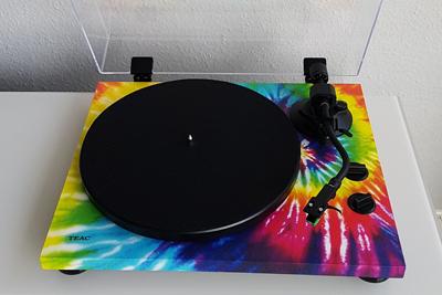 Der farbenfrohe TN-420 von TEAC. (c) Der Vinylist