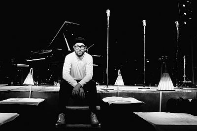 Die Piano-Sessions in Paris mit Mark Forster. (c) Robert Winter