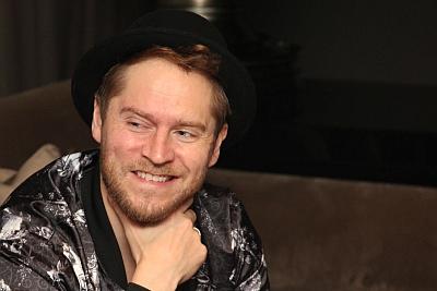 Johannes Oerding ist die Nummer 1 der Charts. (c) Der Vinylist