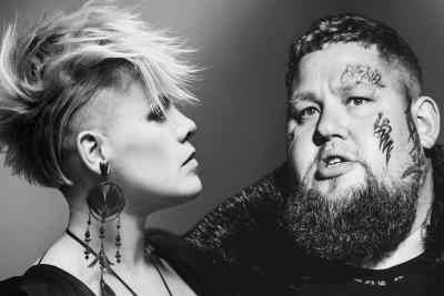 Rag n Bone Man im Duett mit PINK. (c) Sony Music